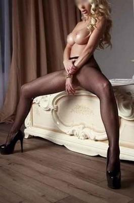 escort girl Vieux-Condé