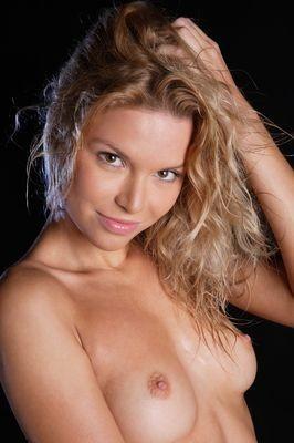 Erica escort girl Ruelle-sur-Touvre